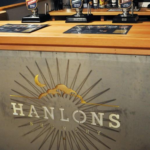 hanlons-bar